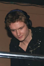 DJ Carl Linsky