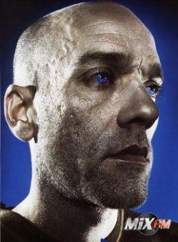 Лидер R.E.M. стал дизайнером