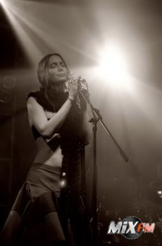 Louise Rhodes - Боже, я по-прежнему пишу песни о любви