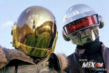 Новый материал от Daft Punk уже в сети
