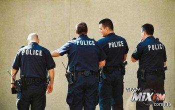 Полицейские Сиднея планируют сохранить порядок за счет любителей ночных тусовок