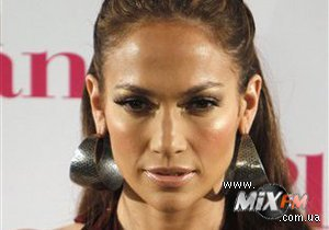 Дженнифер Лопес могут предъявить иск на $40 млн из-за отмененного концерта на Северном Кипре