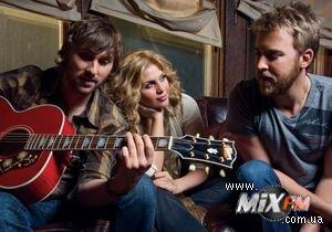 Назван самый продаваемый в США альбом 2010 года