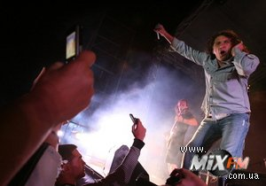 Скрябин продал на аукционе права на свой концерт