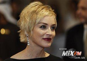 СМИ: Вместо Пэрис Хилтон в Киев может приехать Шэрон Стоун
