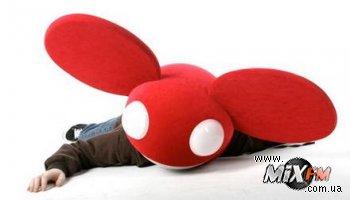 Deadmau5 упал в обморок за пультом