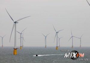 В Британии начала работать самая большая в мире прибрежная ветряная электростанция