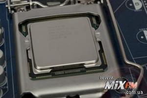 Intel предлагает обновлять процессоры по карточкам