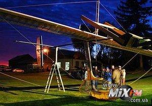 В Канаде запустили в небо летательный аппарат, изготовленный по чертежам да Винчи