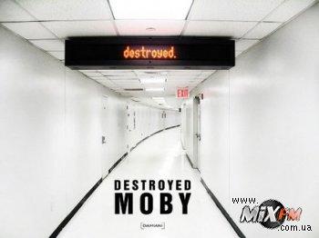 Moby анонсирует новый альбом
