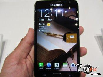 Samsung выпустит планшет-смартфон